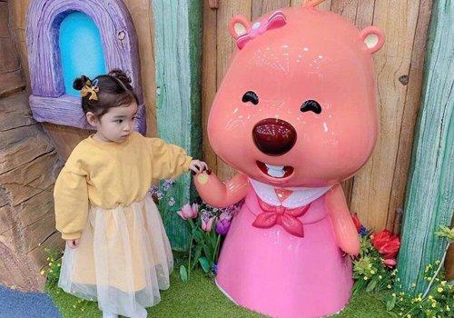 3一5岁小女孩留短发该怎么扎 简单扎发教程挑逗女童爱美之心