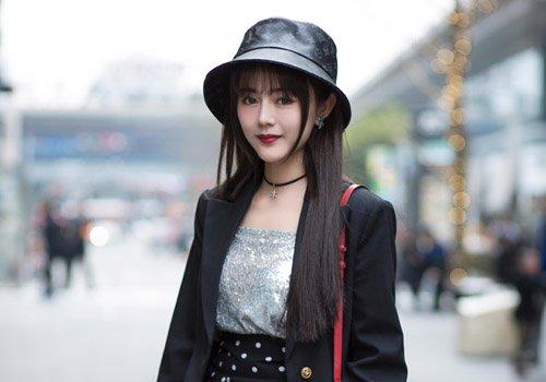 30+女士最显年轻的发型非长直发莫属 巧搭刘海气质减龄少女感爆棚