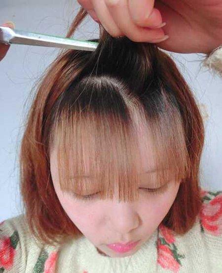 刘海长长自己在家修剪省钱又省事 女生自己夹韩式空气刘海DIY教程