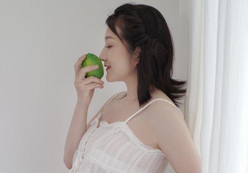 怀孕了留长发难打理不说还显胖 2020年孕妇流行短发中发造型安利
