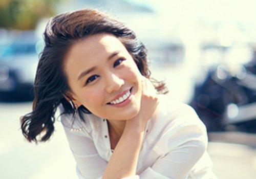 中年女士不敢留长发因为头发少 头发少适合什么发型还要再研究一下
