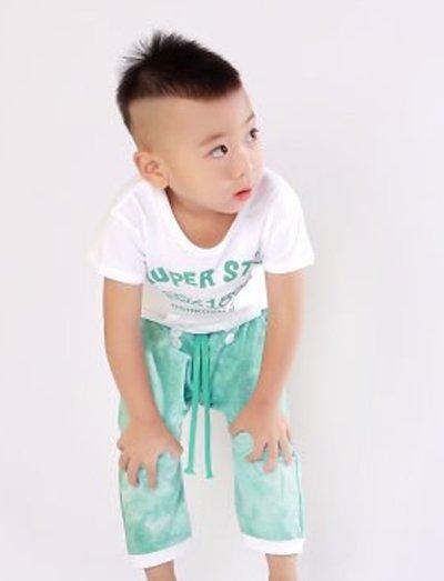 三岁男宝宝发型蘑菇头 小男孩短发发型三岁