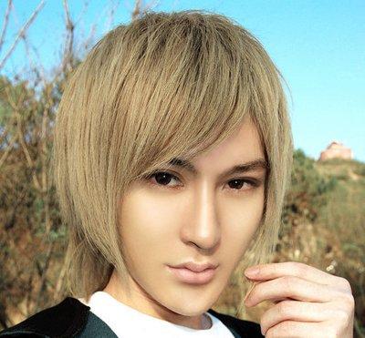 男非主流发型超爆的图片 非主流蓬松男生发型