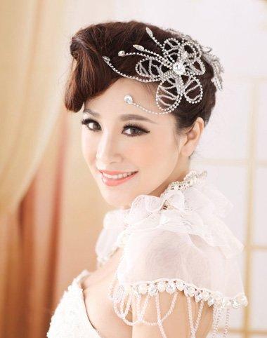 菱形脸新娘盘发造型 新娘怎么盘头发