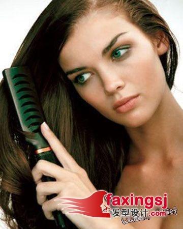 头皮油腻怎么办,技巧解决秀发一样出现