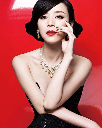 美女演员张静初 唯美长发演绎才女风范