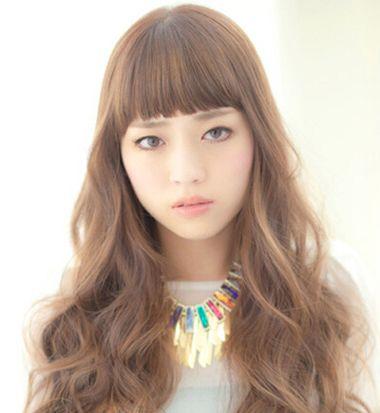 平刘海卷发发型什么颜色好看 平刘海发尾卷发发型图片