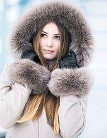 小雪节气女生冬装清甜发型 浪漫初雪唯美约会