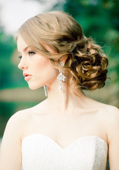 最新款淑女盘头技巧 下一个美丽淑女的新娘就是你哦