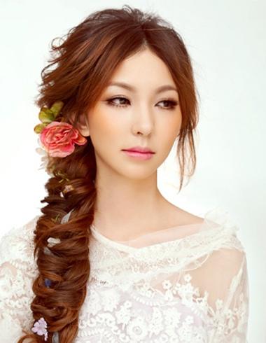 唯美韩式新娘编法 最新韩式新娘发型